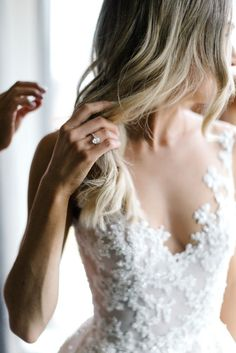 8 Great Tips For Picking The Perfect Wedding Dress. When little girls use their mathematics classes fantasizing of weddings, what do they dream of first? The perfect bridal gown, naturally: a dress in white