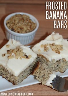 Banana Bars with Cream Cheese Frosting - such a yummy dessert that the whole family will love! From www.overthebigmoon.com!: