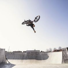 Kyle, BSD. Bmx, Fighter Jets, Aircraft, Aviation, Plane, Airplanes, Bicycle, Hunting, Airplane