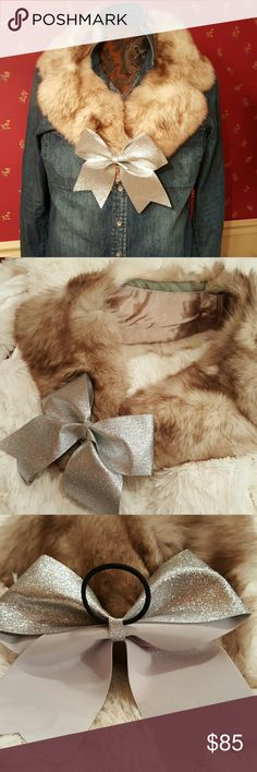 Norwegian Fox Collar Warm collar for snowy weather.  Can be worn with everything from sweaters to wool coats. I just added a silver bow from Claire's to accessorize. Lots of other possibilities. Nice satiny taupe lining. No rips, tears, holes, or odors. Accessories Scarves & Wraps