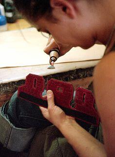 hermes constance price - Herm��s leather workshop. #hermes #craft | handtassen | Pinterest ...