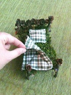 fairy dollhouse crafts/how to | Gnome Bed - Fairy House, Dollhouse and Fairy Garden ... | DIY and cra ...