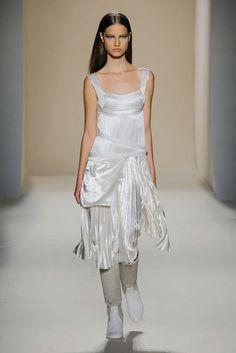 Fashion Week de New York : maturité et sophistication pour Victoria Beckham…