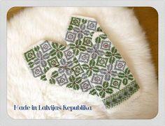 Mitten Knitted Gloves, Fingerless Gloves, Knitting Patterns, Fair Isle Knitting, Knit Crochet, Wool, Crafts, Knit Patterns, Manualidades
