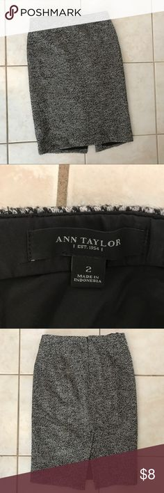 Ann Taylor wool skirt Ann Taylor wool skirt. Excellent condition. Ann Taylor Skirts Pencil
