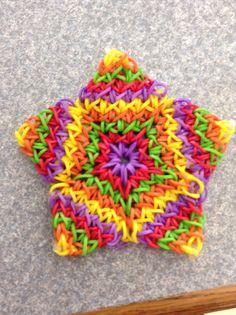 How to: Rainbow Loom Super Flower - Machines et élastiques : http://www.creactivites.com/268-elastiques-loom