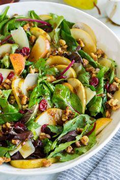 Parmesan, Pear, Walnut Salad with Blood Orange Olive Oil and Traditional Barrel Aged Balsamic Recipe - Sonoma Farm - Green Salads Pear Walnut Salad, Pear Salad, Salad Recipes For Dinner, Healthy Salad Recipes, Candied Walnuts For Salad, Spring Salad, Autum Salad, 21 Day Fix, Orzo