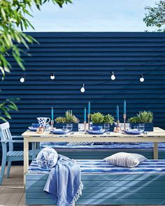 Partyplanung Update your garden, alfresco style, using a palette of deep saturated blues. Get more c Blue Garden Furniture, Garden Fence Paint, Garden Fences, Diy Garden, Garden Projects, Blue Fence, Black Garden Fence, Garden Makeover, Diy Pergola