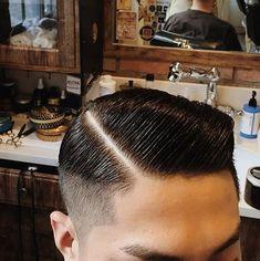 Casual Hairstyles For Men, Easy Mens Hairstyles, Slick Hairstyles, Haircuts For Men, Gentleman Haircut, Slicked Back Hair, Men's Hairstyle, Ivy League, Men Hair
