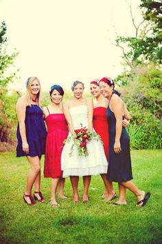 4th of july wedding | Have your maids dress up in red, and blue! #Patriotic #wedding