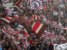 St. Pauli F.C. es consciente de su responsabilidad social y representa los intereses de sus miembros y seguidores no solamente en el aspecto deportivo.