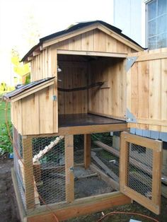 Susan from Camas, Washington Shares Her Chicken Coop Photos #ChickenCoopPlans