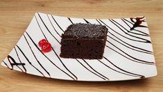 Οικονομική και εύκολη σοκολατόπιτα με ιδιαίτερο γλάσο Greece Food, Greek Recipes, Candy Recipes, Desserts, Cakes, Big, Youtube, Tailgate Desserts, Deserts