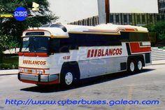 Autobuses Blancos Monterrey Saltillo / Carrocería Peña