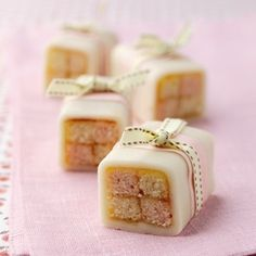 Battenberg, the well loved classic but in miniature, which means you can eat two! This fab Mini Battenburg Recipe also makes lovely gifts.
