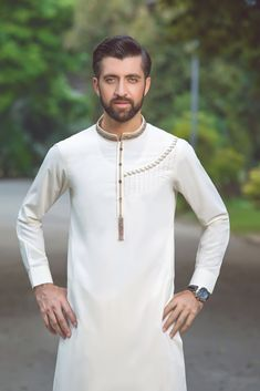 New design of dress in eid of 2020 with awsome look and stylish Mens Kurta Designs, Latest Kurta Designs, Nigerian Men Fashion, Indian Men Fashion, Mens Fashion Suits, India Fashion Men, Mens Shalwar Kameez, Kurta Men, African Wear Styles For Men