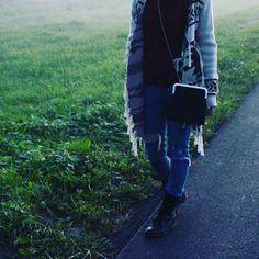 #mala #preto #prateado #comousar #inspiração #personalizar #bag #black #silver #howtowear #inspiration #streetstyle #personalized Craft, Instagram, Black, Creative Crafts, Do Crafts, Needlework, Crafting, Crafts, Handicraft