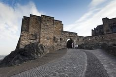 The walk up to Edinburgh Castle from the Royal Mile.
