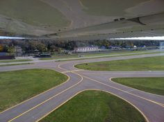 Taking off from runway 33 at KDET.  #flightventures #kdet #thebase #travellife #livetravelchannel #Detroit #detroitcityairport #puredetroit #puremichigan #detroit_igers #hellyeahdetroit #downwithdetroit