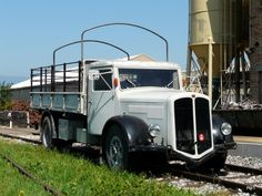 Bus Coach, Old Trucks, Museum, Antique Cars, Old Things, Europe, Busse, Vehicles, Autos