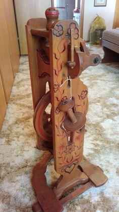 Schönes altes Spinnrad als Dekoration. Privatverkauf. Nur Abholung.,Spinnrad antik in Niedersachsen - Staufenberg