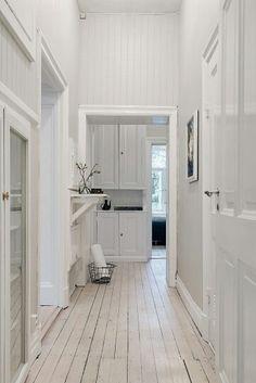 Flat Interior Design, Scandinavian Interior Design, Scandinavian Style, Design Hall, Entry Hallway, Nordic Home, Interiores Design, Home And Living, Interior Inspiration