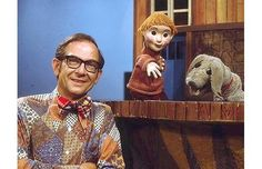 Dress up (Ernie Coombs) seen with Casey and Finnegan. Every Canadian kid grew up with this Show! Dress up! Canadian Things, Canadian Facts, My Childhood Memories, 1970s Childhood, Childhood Toys, My Youth, Kids Shows, The Good Old Days, Back In The Day