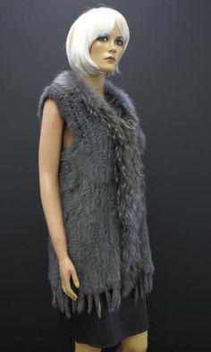 Dlouhá kožešinová vesta z králíka Fur Coat, Jackets, Fashion, Down Jackets, Moda, Fashion Styles, Jacket, Fasion, Fur Coats