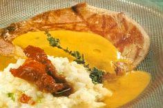 mosxaraki-lemonato Thai Red Curry, Mashed Potatoes, Lamb, Chicken, Meat, Ethnic Recipes, Food, Whipped Potatoes, Smash Potatoes