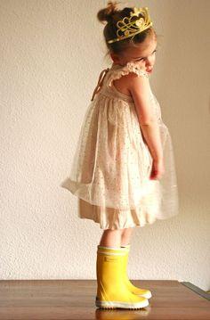 Sparkly dress, crown & rain boots