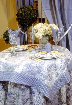 Maison Du Linge U2013 Traditional French Country Kitchen Fabric Designs Made In  France. Tablecloths, Napkins, Oven Mitts U0026 More!