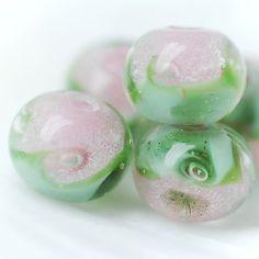Lampwork borosilicate glass beads set Mint rose etsy.com/shop/Juliyamrboro