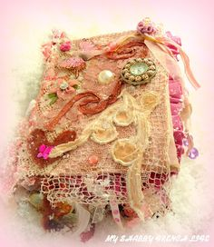 MY SHABBY FRENCH LIFE : LIVRE ALTÉRÉ - ART JOURNALING - ALTERED BOOK -