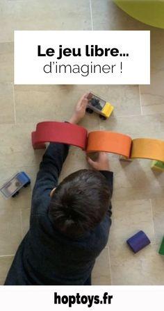 Au cours d'un temps dédié au jeu libre, l'enfant développe sa créativité, son inventivité et sa spontanéité en s'appropriant l'environnement et les jouets mis à sa disposition. Découvrons ensemble les différents avantages, intérêts et bénéfices du jeu libre et les produits Hop'Toys associés !  Le jeu libre, qu'est-ce que c'est ? Le jeu libre peut se jouer seul ou à plusieurs, partout – ou presque, et inclure de diverses et nombreuses actions. Jouer, Education, Environment, Gift Ideas, Exercise, Products, Atelier, Kid, Onderwijs