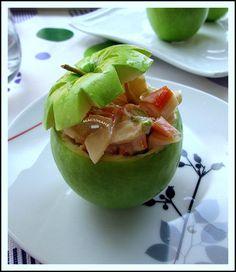 Manzanas rellenas de coctel de marisco
