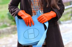 Daddy's neatness | Fashion Vintage Blogger: Blue and orange wide plot dress  #rosewholesale#cute_dress#orange&blue#sermoneta_gloves#hermes_evelyne#70's_look#outfits#daddysneatness#colors#orange#turquoise#light_blue#hermes_bag#preppy  http://www.daddysneatness.com/2014/03/blue-and-orange-wide-plot-dress.html