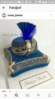 Cake Topper Tutorial, Cake Toppers, Lion Cakes, Baby Batman, African Fashion Ankara, Fun Desserts, Wedding Cakes, Bakery, Crack Cake