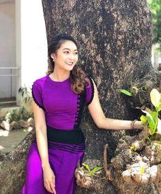 Myanmar Traditional Dress, Traditional Dresses, Myanmar Dress Design, Myanmar Women, Beautiful Asian Girls, Designer Dresses, Formal Dresses, Sexy, Skirts