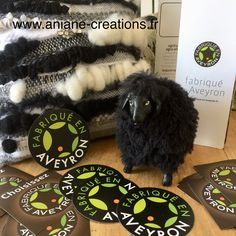 Les tissages créatifs à l'aiguille d'Aniane et ses sculptures obtiennent le label local Fabriqué en Aveyron !