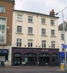 The Bull Pub, Richmond - Venue Of The Rolling Stones' Early Gigs In 1963. 'The Crawdaddy' 1 Kew Road, Richmond, London TW9 2NQ