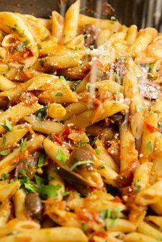 Best Penne Puttanesca Recipe - How to Make Penne Puttanesca