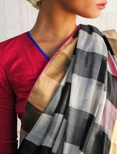 Buy Bali Black-White-Grey Handwoven Saree By Raw Mango Online India Fashion, Ethnic Fashion, Black And White Saree, Black White, Mango Online, Checks Saree, Indian Fabric, Ikkat Silk Sarees, Rest