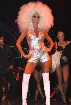 Современный костюм в стиле диско