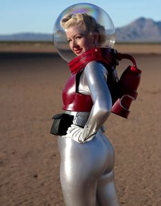 retrofied-forest:  1950s Spacesuit