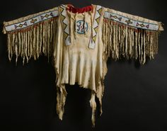 BLACKFOOT BEADED AND FRINGED HIDE SHIRT Click to enlarge: http://assets5.pinimg.com/upload/137641332332741636_0W6h84lQ.jpg