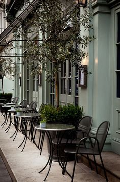 The Charlotte Street Hotel, London. Bar Restaurant, Restaurant Design, Design Hotel, Hotel Boutique, Belle France, Sidewalk Cafe, French Cafe, French 75, Outdoor Cafe