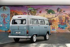 Volkswagen sediará exposição de Kombi  Neste domingo (8), a Volkswagen sediará um encontro com proprietários e fãs da Kombi, no estacionamento da Fábrica Anchieta, em São Bernardo do Campo.