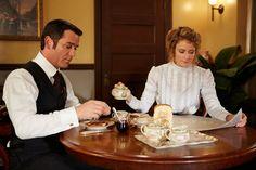 Murdoch (Yannick Bisson) and Dr. Ogden (Hélène Joy) share breakfast in their hotel suite.