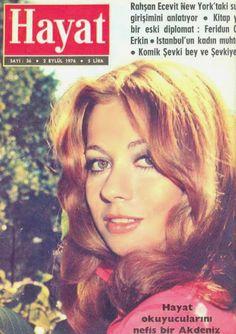 OĞUZ TOPOĞLU : ıtır esen hayat dergisi kapağı 2 eylül 1976