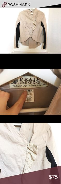 Prairie Underground Prince Charming Jacket!! Amazing condition!!! Prairie Underground organic cotton  jacket. Tan canvas w/black fleece side panels. No rips or stains in absolute great condition!! Size M.  Feel free to ask any questions or for more pix : ) Prairie Underground Jackets & Coats